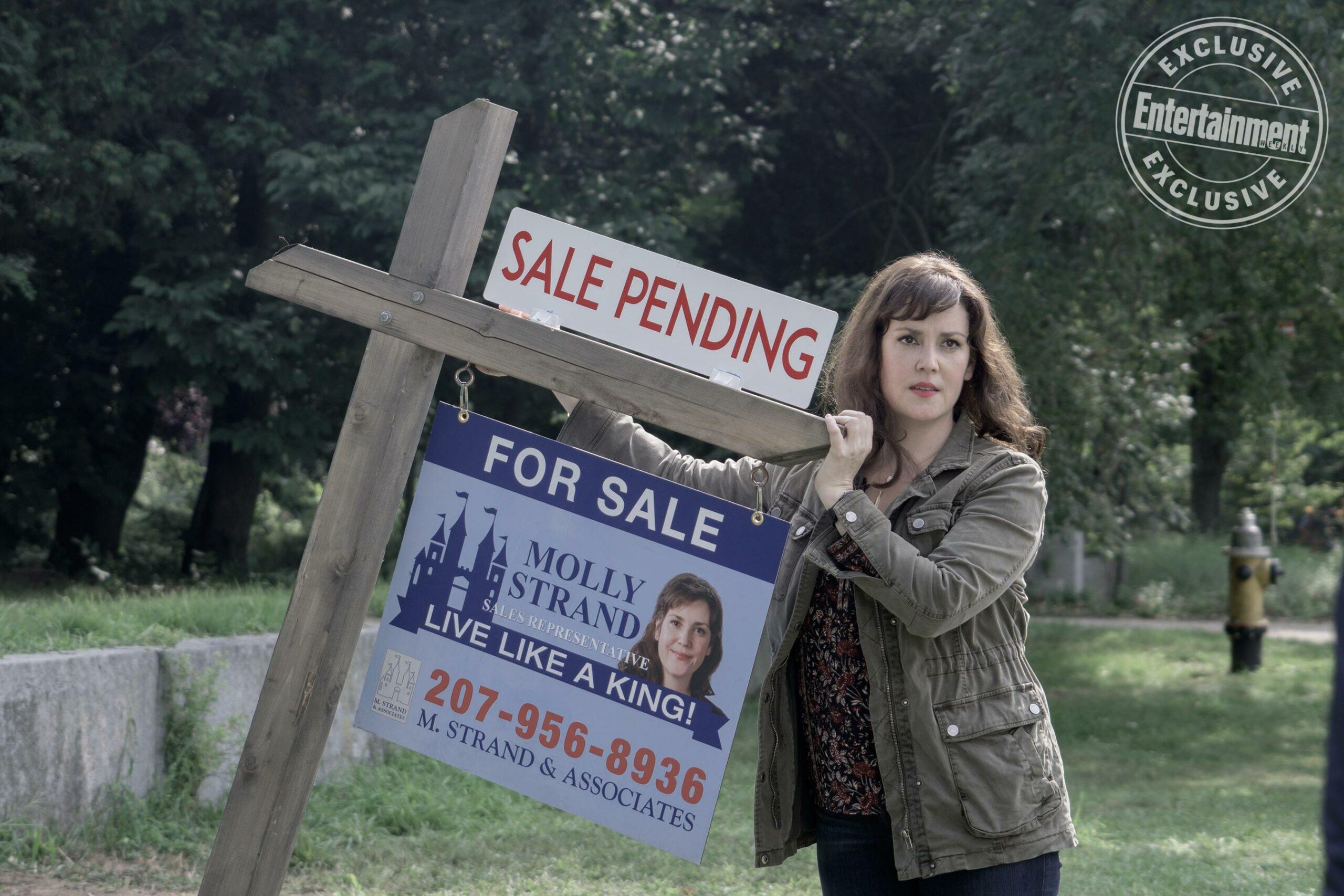 castle rock Molly Strand (Melanie Lynskey)