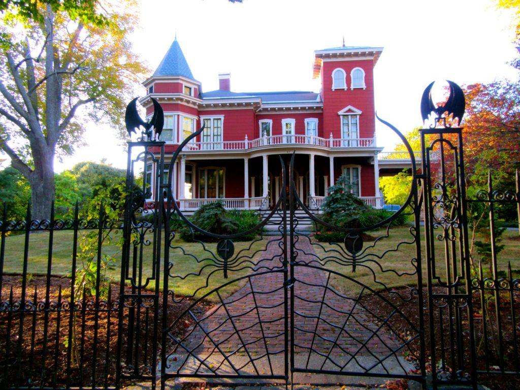 Stephen-King-maison-manoir-Bangor